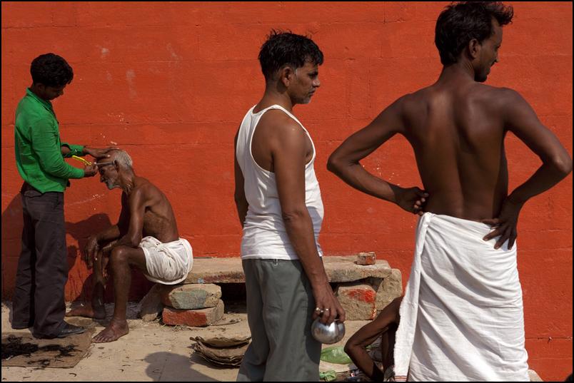 Barbers. Varanasi. Uttar Pradesh