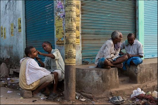 Barber. Varanasi