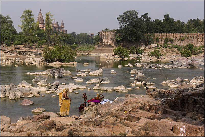 Bathing in the Betwa river. orchha